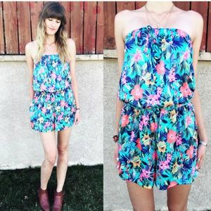 Vintage tropical Romper with pockets! size S/M